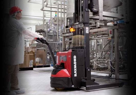 Raymond 6210 Walkie Straddle Stacker; Walkie Pallet Stacker with AC traction control