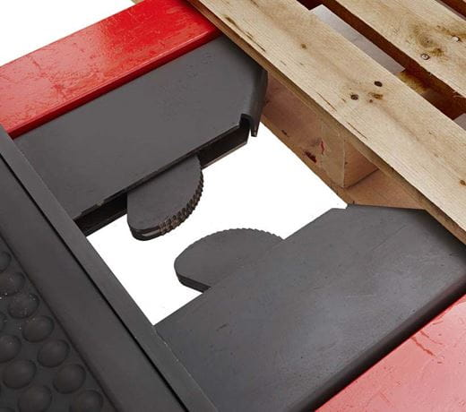 Raymond Orderpicker Auto Locking Pallet Clamp