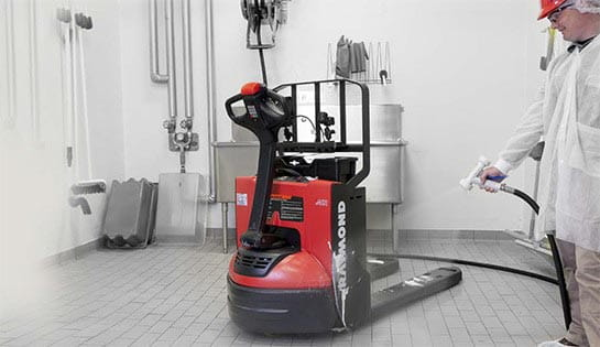 Raymond 8210 walkie pallet jack extreme environment package