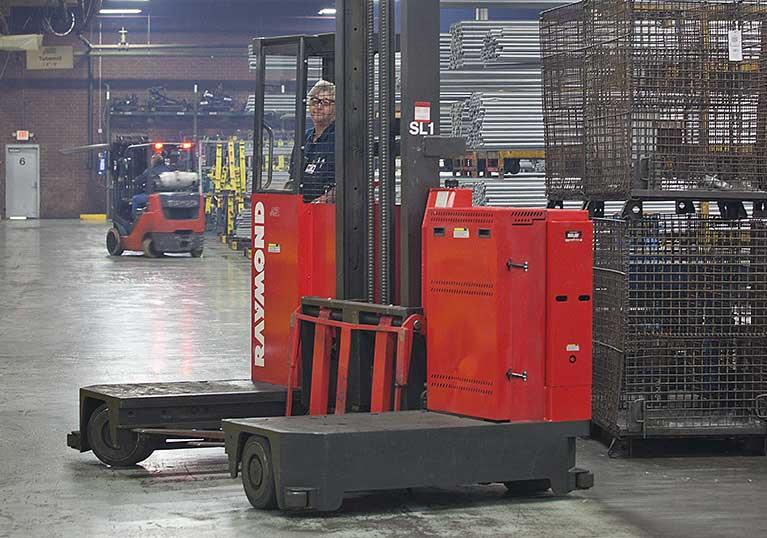 Raymond Sideloader Long Load Fork lift