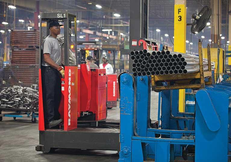 Raymond Sideloader Heavy Duty Load Capacity